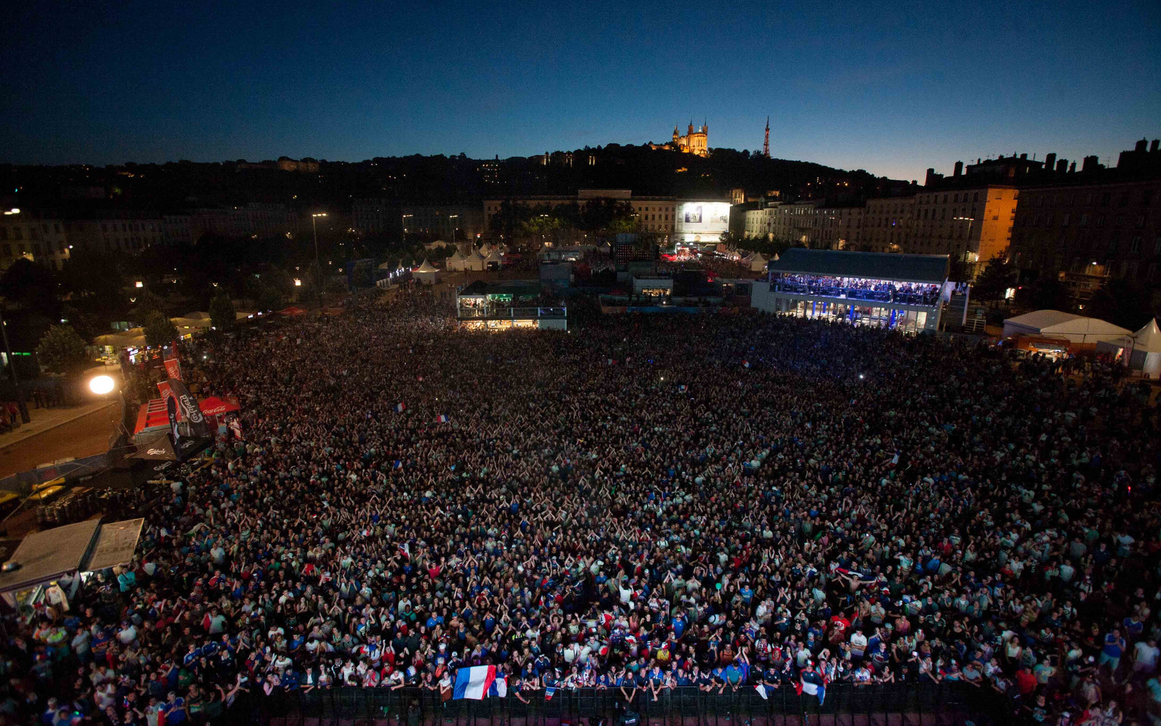 Live! proud to have gathered 407,000 fans at Lyon's fanzone
